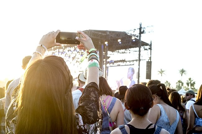 coachella_music_festival_selfie